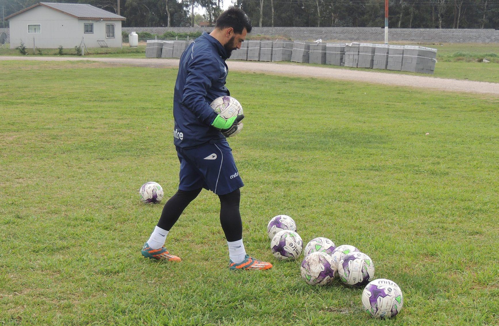 Emiliano Torresani, un apasionado del entrenamiento para arqueros
