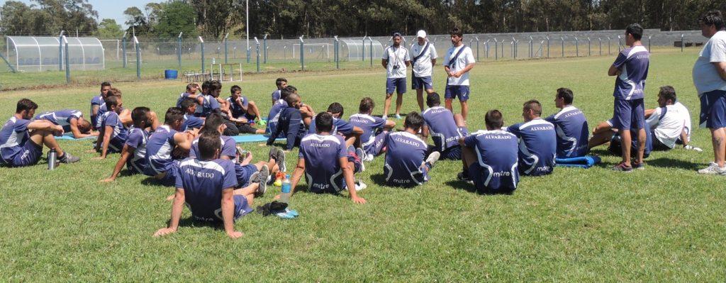 Alvarado viaja para su debut en el año en Villa Ramallo