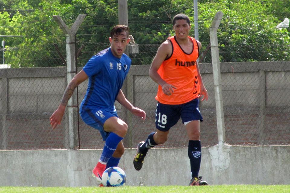 Alvarado siguió sumando minutos ante Quilmes