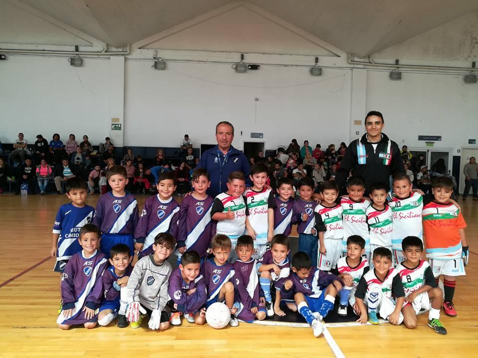 Las Escuelitas crecen y se juntaron en la Villa Deportiva