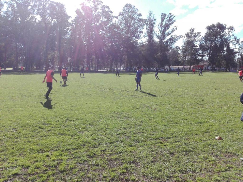Alvarado encontró funcionamiento y goles ante Independiente