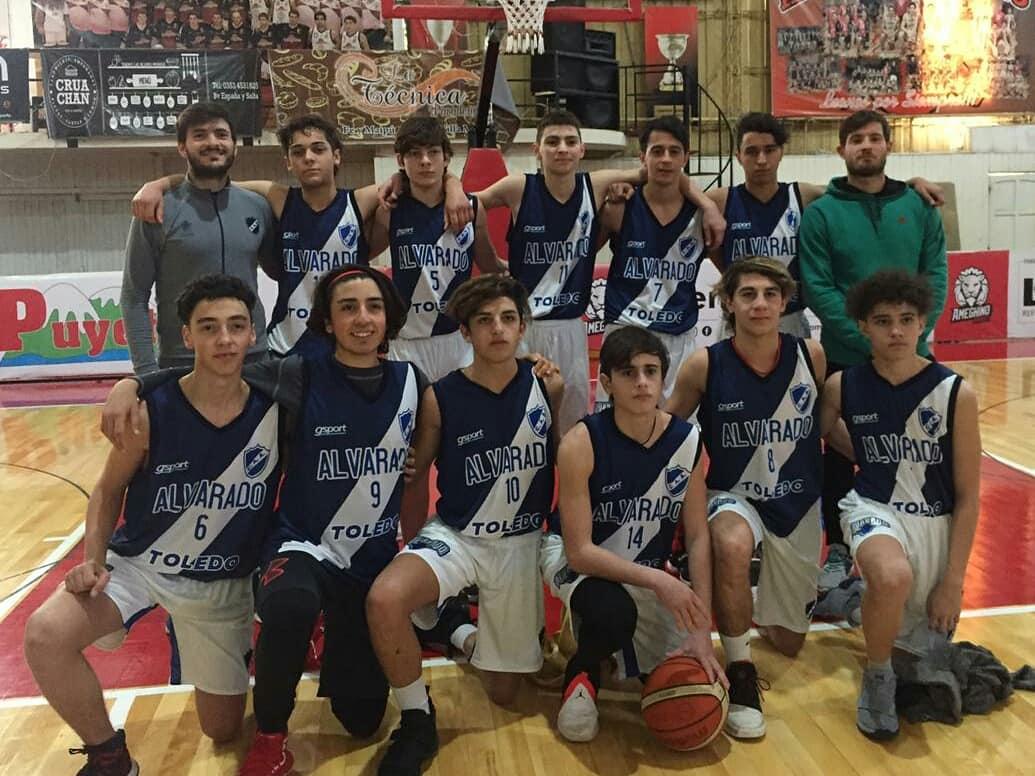 Los chicos de la U17 de básquet y una experiencia inolvidable