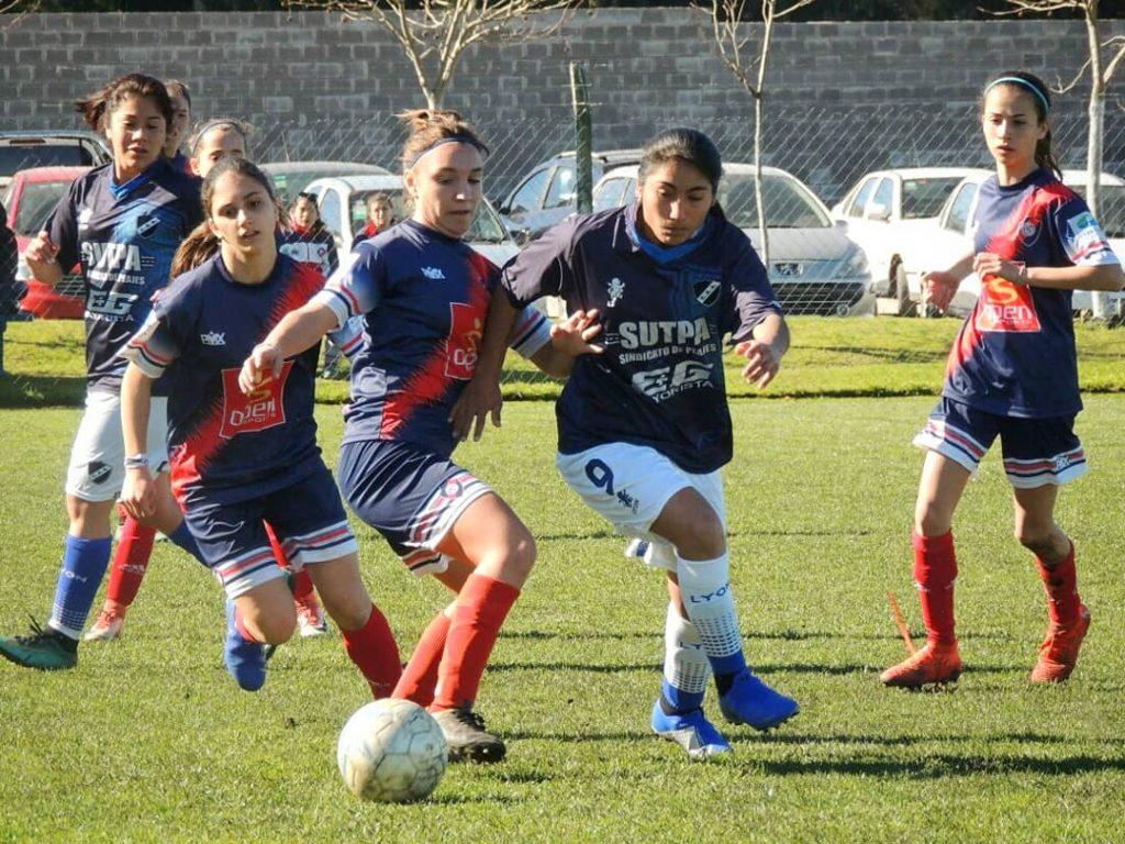 Fútbol: La Primera femenina empató 1 a 1 con Cadetes