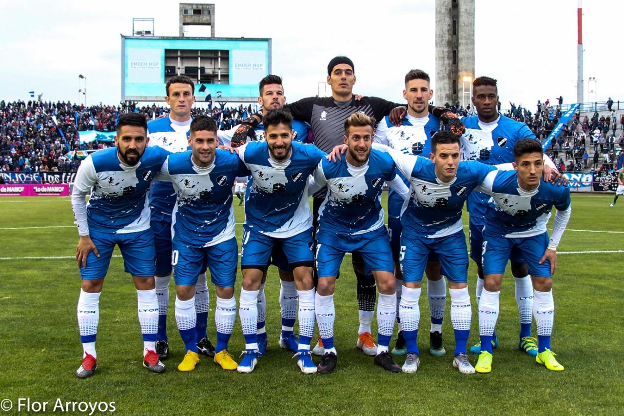 Alvarado perdió en su debut en la Primera Nacional