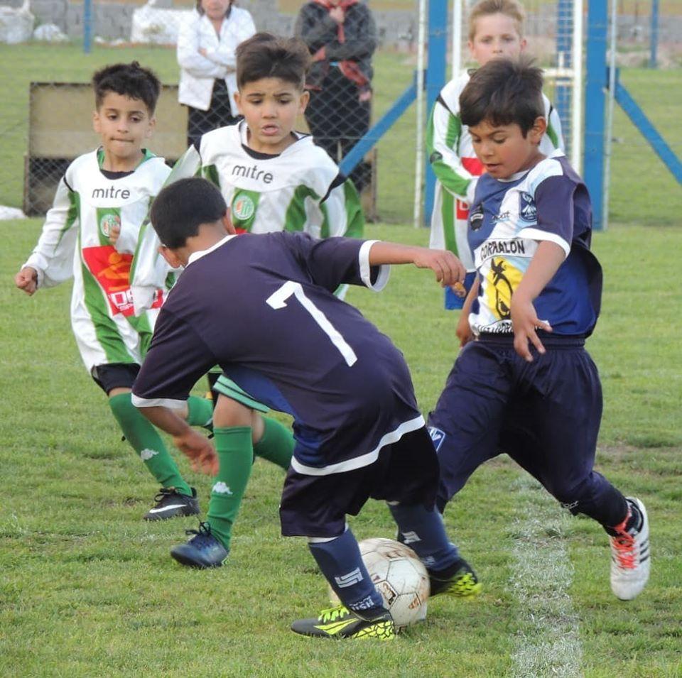 Continúa el Torneo Roberto Cáceres