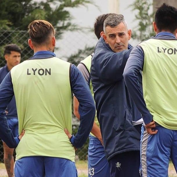 Primera Local: Alvarado debuta ante Los Andes